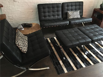 Barcelona Chair cognac zijkant